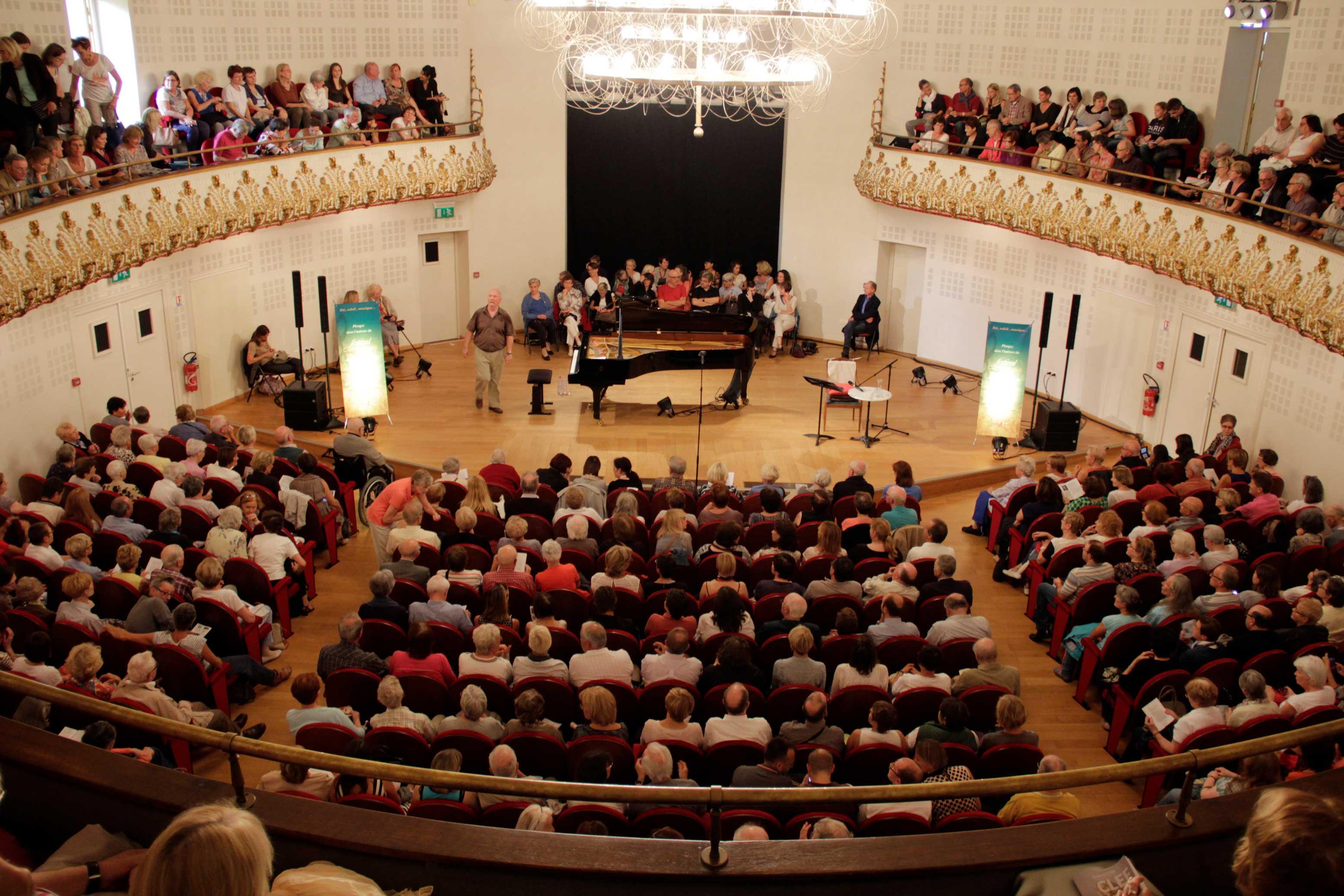 salle du conservatoire de lille lors d un concert du festival clef de soleil