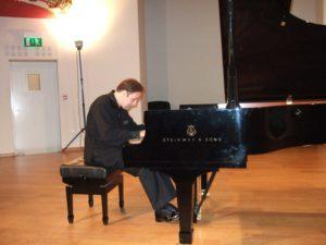 Alexander Ghindin