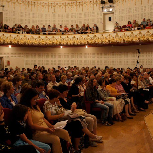 Public du Festival Clef de Soleil au Conservatoire de Lille