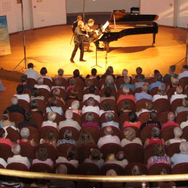 Public du Conservatoire de Lille lors d'un concert du Festival Clef de Soleil